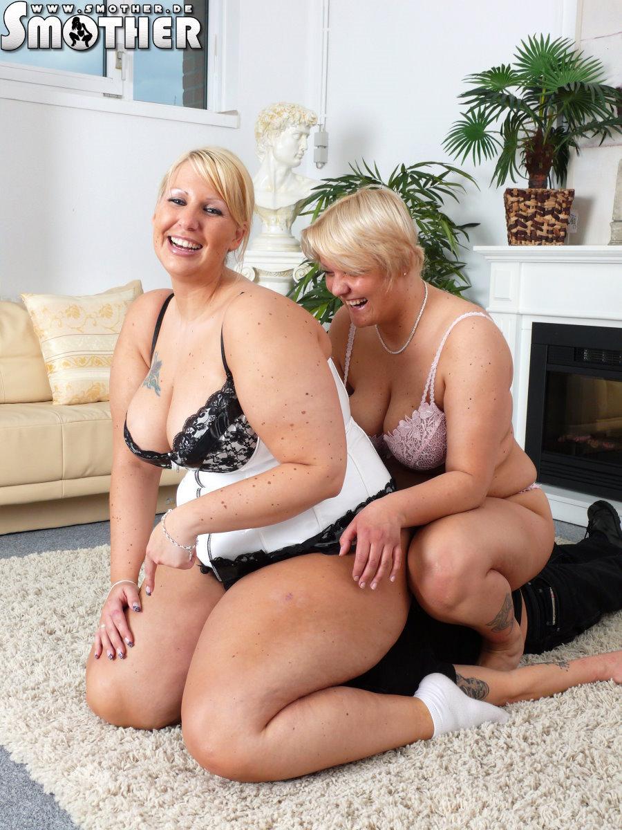 2 Fat Ladies